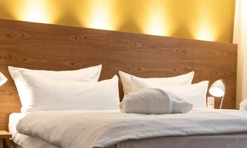 Bed in superior room | Hotel Adler Asperg near Ludwigsburg